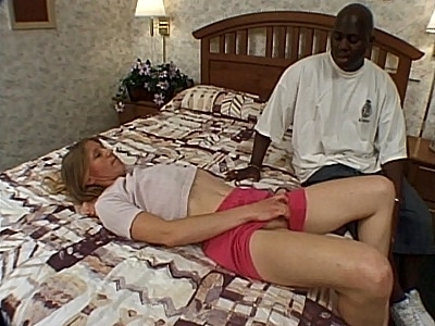 Sexy MILF Kyla Pussy Tease