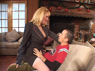 MILF Lexxy Straddles on Top