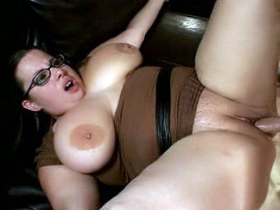 Chunky milf Opens Wide For Cock